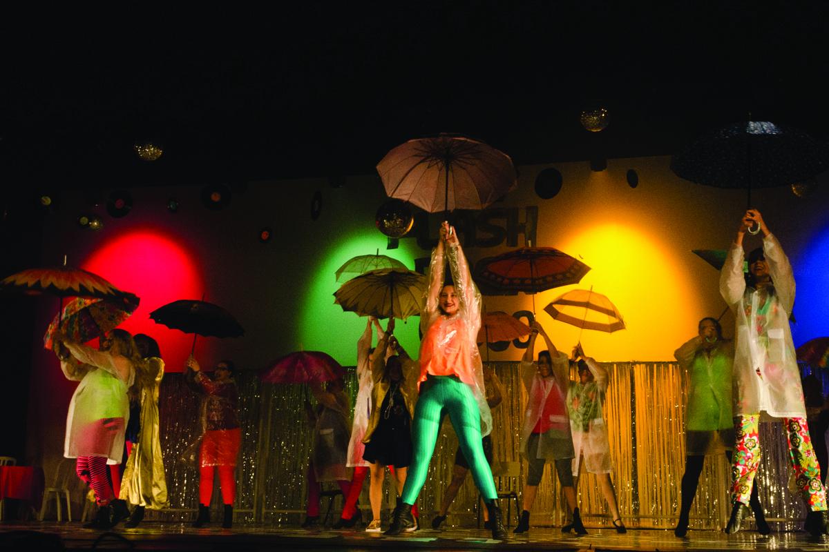 Teatro Sylvia Alencar Matheus Vinhedo